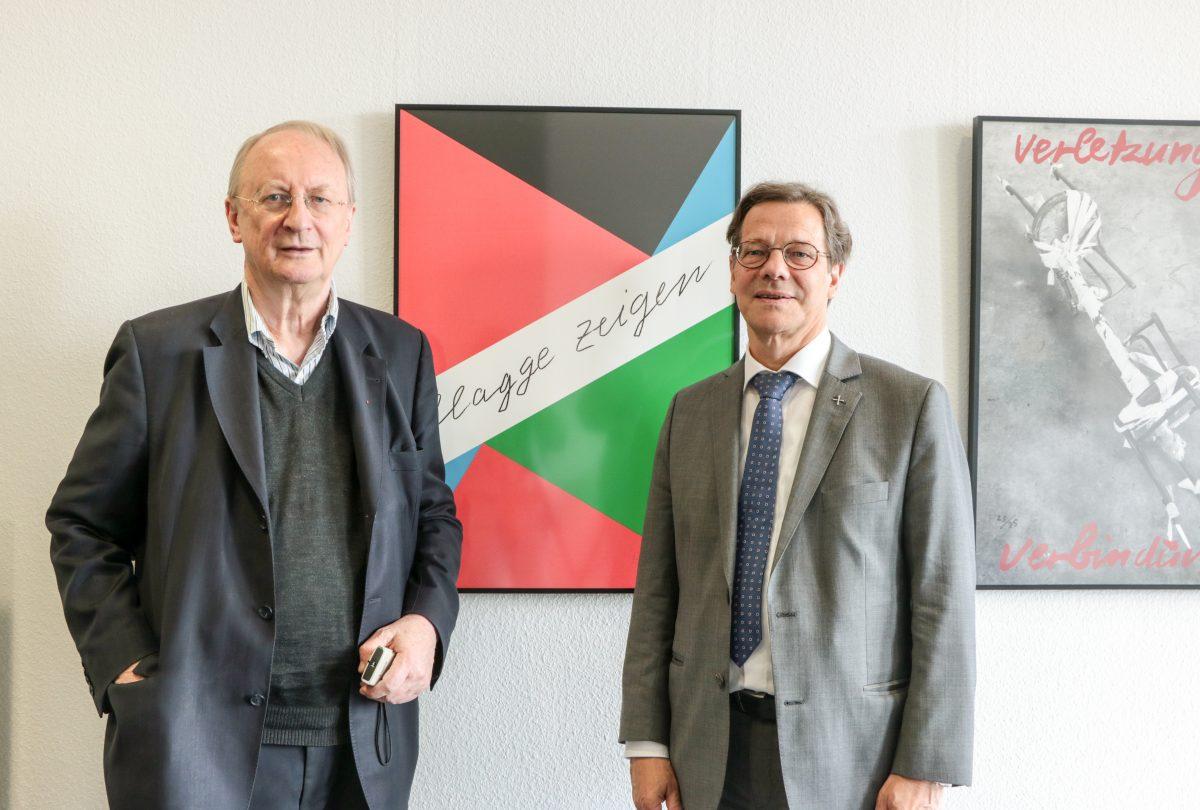 Kabinettausstellung Klaus Staeck Flagge zeigen Evangelische Akademie